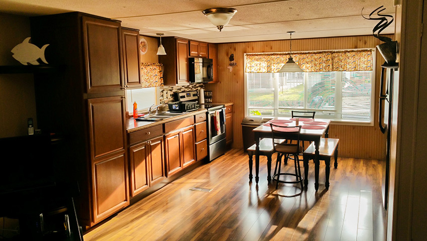 850-bungalow-kitchen