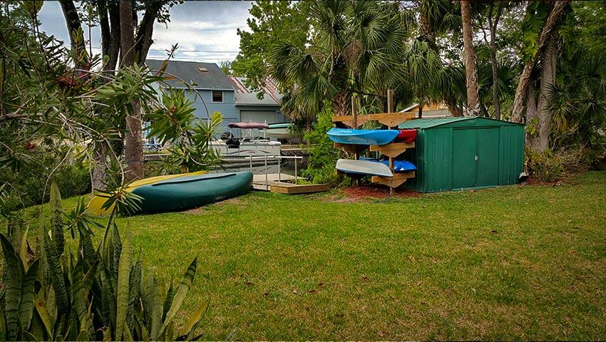 850-cabin-kayaks-canoe